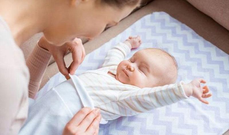 Primeros Cuidados del Bebé