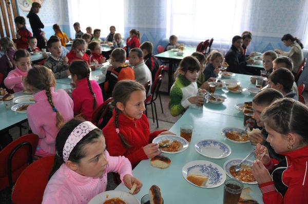 comedor-escolar-sienteme